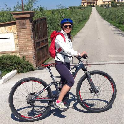 E-Full nelle Marche - Fahrradverleih Gardasee - Mountainbike am Gardasee - Bike rent