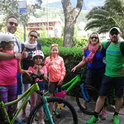 familien touren fahhrad verleih gardasee torbole bike wear rent a bike