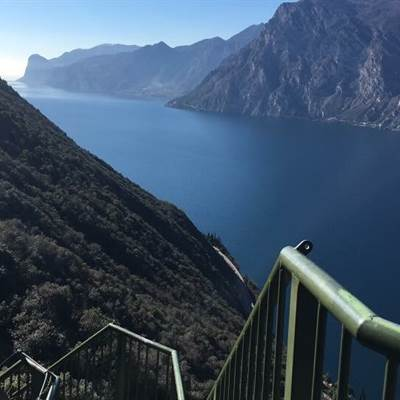 torbole lake garda    rent a bike  gardasee bike wear