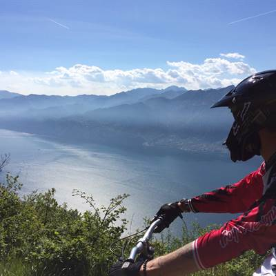 torbole bike shop  fahrradverleih  rent a bike lake garda centurion bikes thule