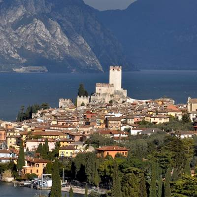 malcesine torbole bike shop lake garda abus bike touren e-bike rent a bike