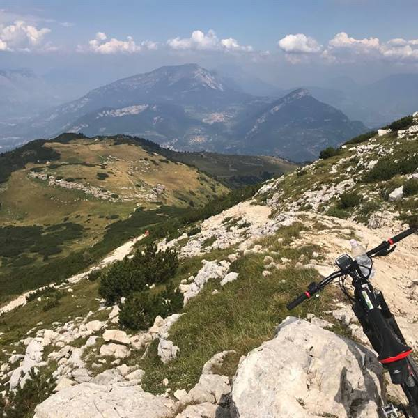 monte baldo lake garda  rent a e-bike  fahrradverleih gardasee  torbole bike shop