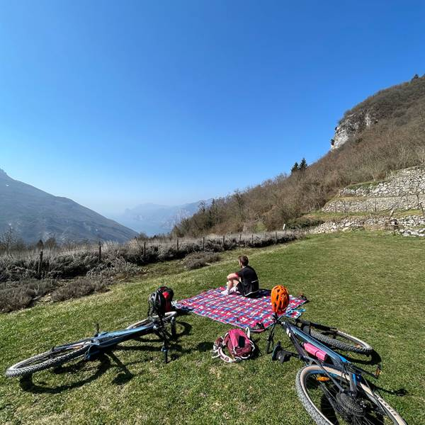 torbole bike shop gardasee noleggio e-bike