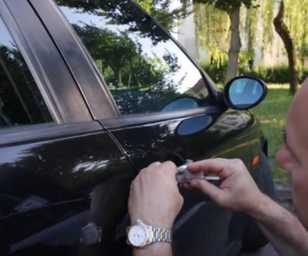 APERTURA  AUTO PERINI Riva del Garda